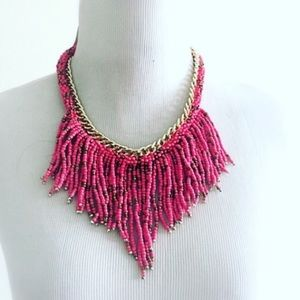 Jewelry - NWT gorgeous pink and gold beaded necklace